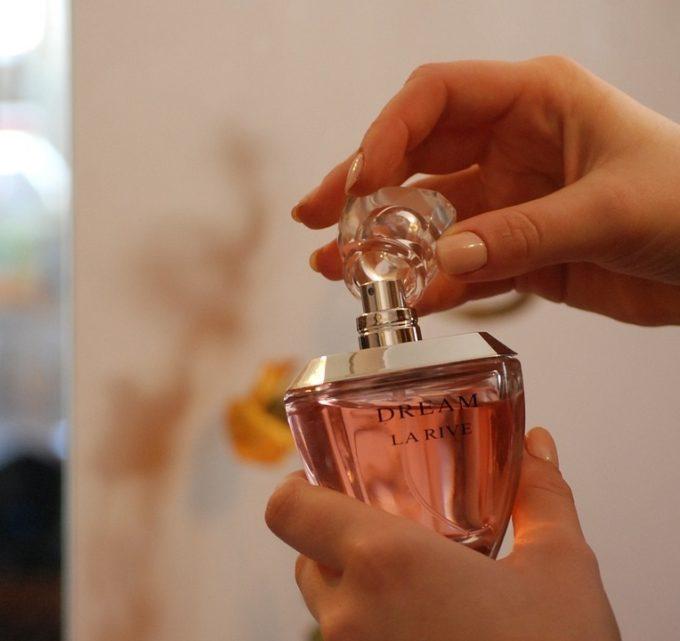 BioTrendy - Jak właściwie stosować perfumowane feromony - feromony damskie - feromony męskie